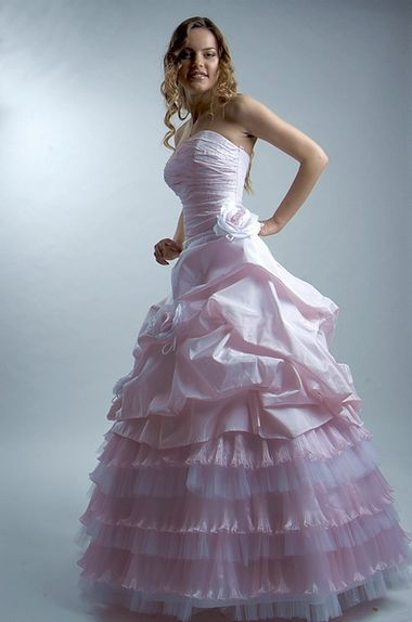 Розовое свадебное платье » Настольная