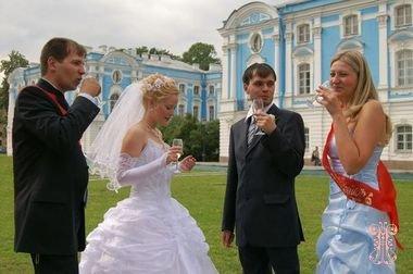 Может ли быть семейная пара свидетелями на свадьбе